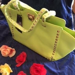 BCBG PARIS APPLE GREEN STUDDED HANDBAG & STRAPS